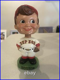 1960's BOSTON RED SOX ORIGINAL GREEN BASE BOBBLEHEAD RED HAT BOBBLE NODDER