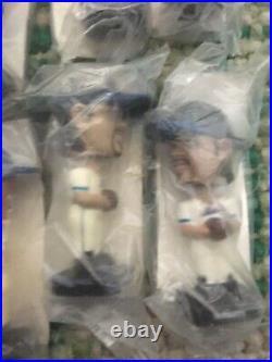 2002 Post Cereal Baseball Mini Bobble Heads Lot of 8. Giambi Bagwell Jones Sosa