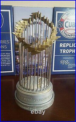 2016 Chicago Cubs Replica World Series Trophy Sga 2017 4/15/17 Bryant, Rizzo