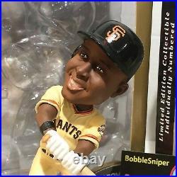 BARRY BONDS San Francisco Giants Fielding/Hitting Ticket Base Bobble Head