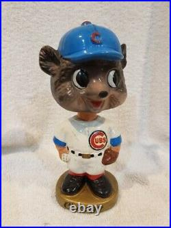 BEAUTIFUL 1964-67 Chicago Cubs Gold Round Base Bobblehead, VINTAGE&NICE