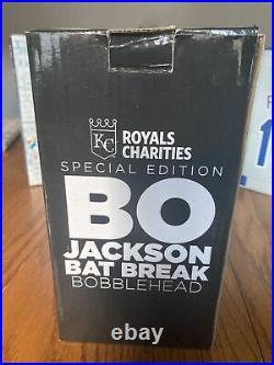 BO JACKSON Bat Break Bobblehead MLB Kansas City Royals NEW IN BOX 2018 Fan Fest