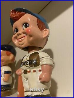 Baseball bobblehead 1960s vintage old Milwaukee Brewers Gold base Nodder Bobble