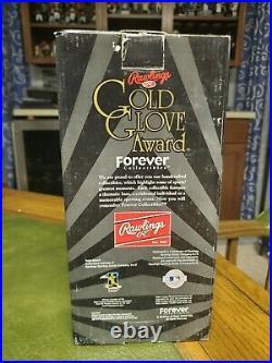 Brooks Robinson Bobblehead Gold Glove Award Orioles Legends w Box FC