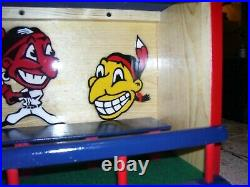 Cleveland Indians bobble head display case 1950 logos
