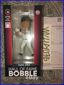 Derek Jeter Bobblehead /540 Bobble Ny Yankees Baseball Hall Of Fame Hof Limited