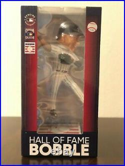 Derek Jeter Fielding 2020 Baseball Hall of Fame Induction Bobblehead Ltd Ed /540