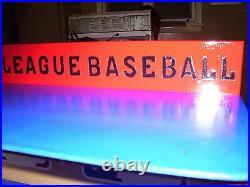 MAJOR LEAGUE BASEBALL Bobble heads display case