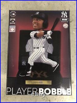 NIB Derek Jeter HOF 2020 New York Yankees Framed Showcase Bobblehead IN STOCK
