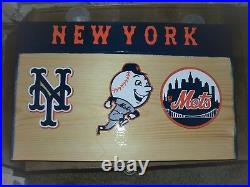 New York Mets display case for bobble heads Dugout style with Mr Mets
