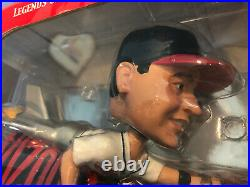Omar Vizquel Rocket Bobblehead Forever Collectibles RARE New Open Box