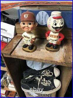 San Diego padres baseball gold base Nodder bobble head boy Ex+ Vintage Japan