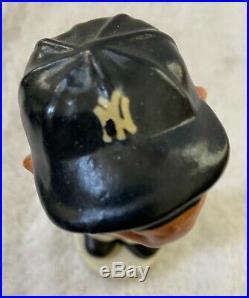 VINTAGE 1960s NEW YORK YANKEES BASEBALL MINI BOBBLEHEAD NODDER BOBBLE HEAD