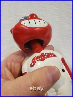 VINTAGE 1990's Cleveland Indians Wahoo Round Green Base Ceramic Bobblehead Doll