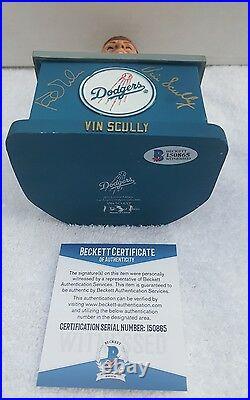 VIN SCULLY & Kirk Gibson signed Bobblehead 2012 LA Dodgers SGA Beckett COA