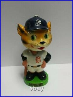 Vintage 1962 Mlb Detroit Tigers Baseball Bobblehead Nodder Chalkware Green Base