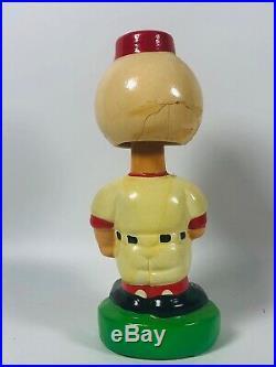 Vintage 1970-80's Ceramic Cincinnati Reds Bobblehead Nodder Green Base Baseball