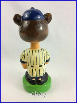 Vintage Chicago Cubs Ceramic Bobblehead Nodder with Green Base Great Condition